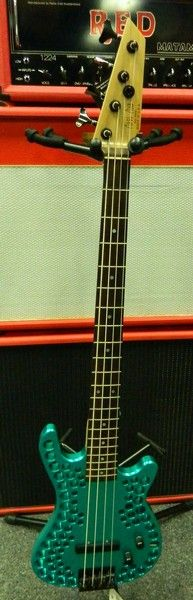 Abel Axe Bass. 3abel_10