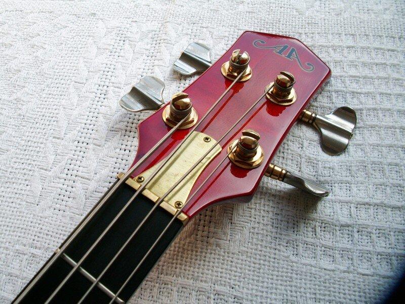 Odyssey Bass. 50202410