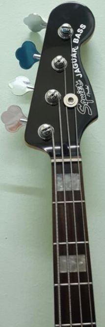 Fender American Vintage 74 e 75 - Diferença nos braços Captur40