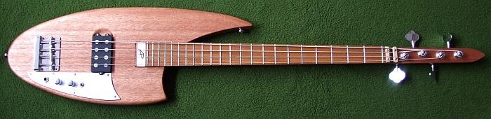 Monster Curve Bass. Curveb10