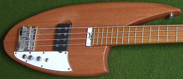 Monster Curve Bass. Curveb11