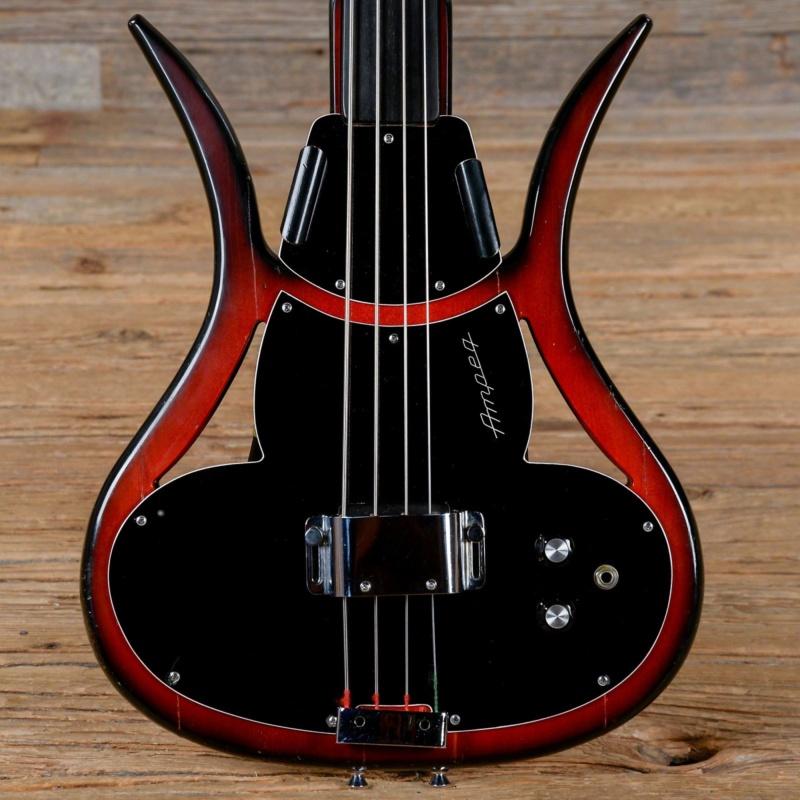Ampeg ASB-1 Devil Bass. Czxb0l10