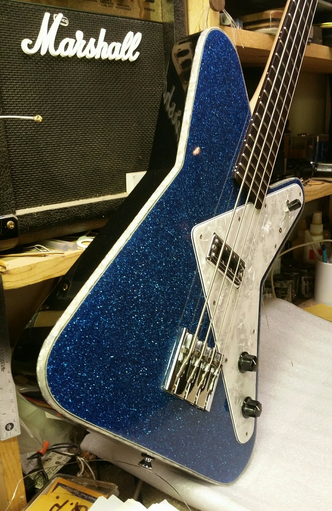 Moonshine Astro Bass. Downlo13