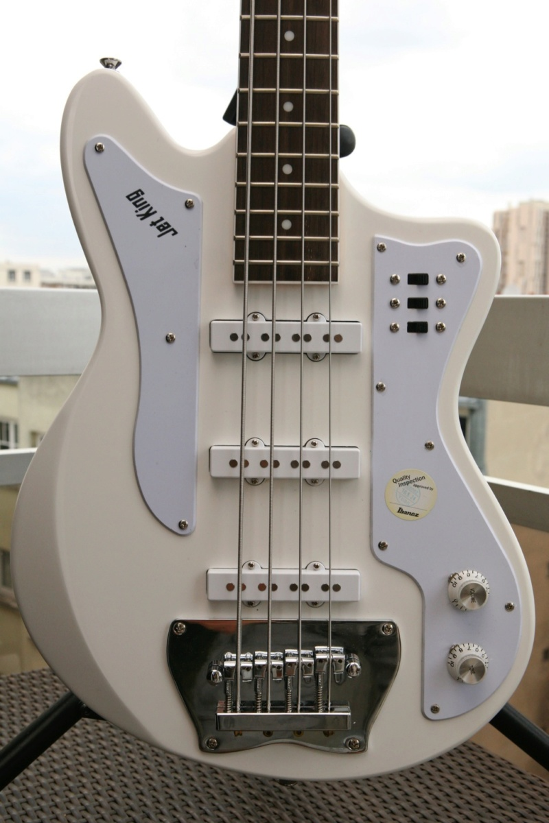 Ibanez Jet King Bass JTK200. Images43