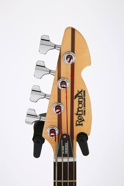 Retronix R-800B Bass. Images67