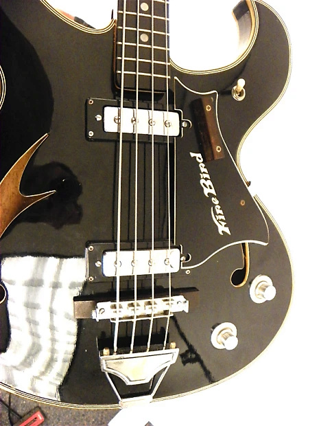 Teisco Firebird Bass.  Km0dey10