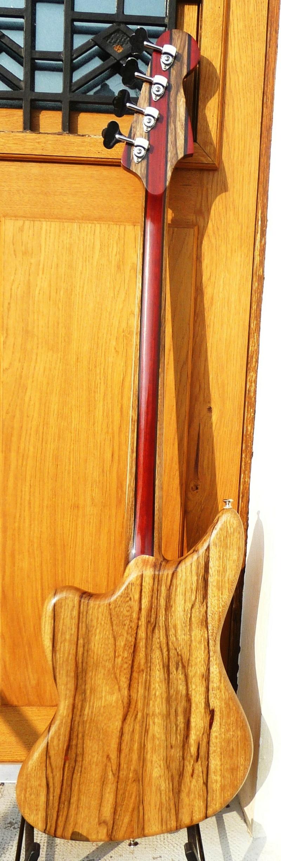 Daguet DR Bass. P1020110