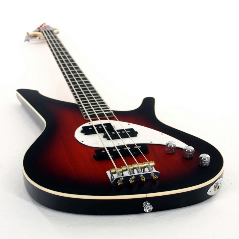 Manne Fillmore Electric Bass.  P4020011