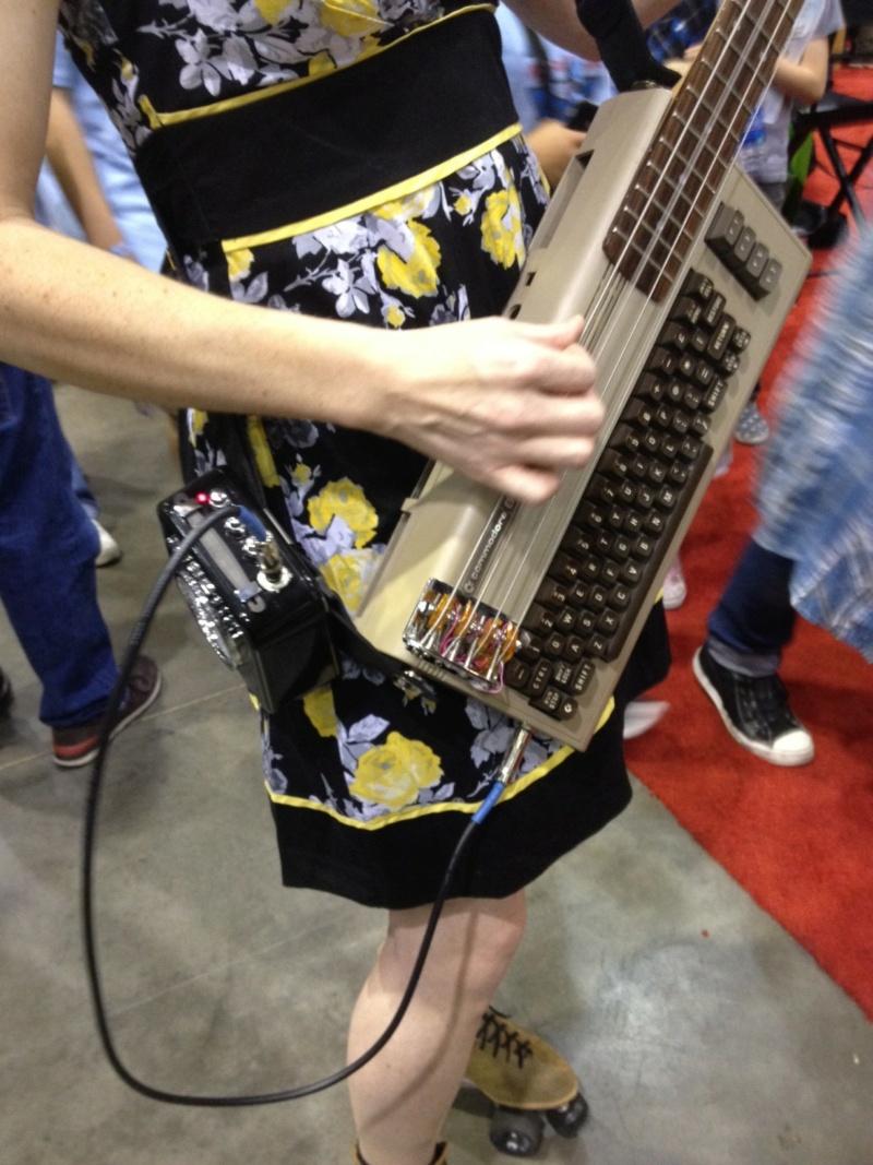 C64 Bass Guitar. Photo110