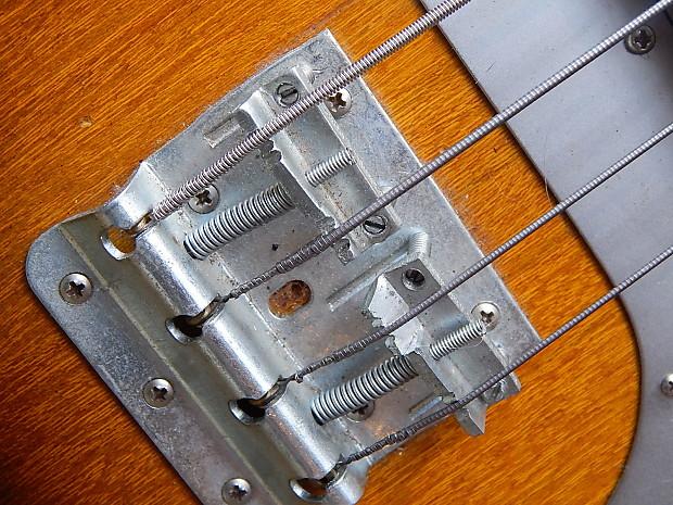 Lafayette Bass. Sqvec810