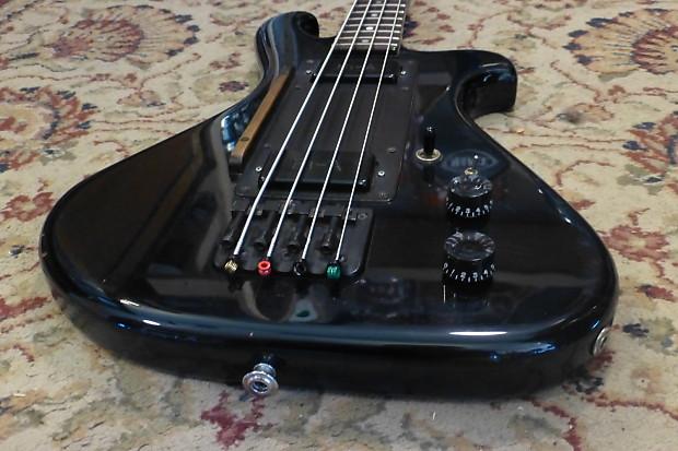 Orr Electric Bass.  Tnffhz10
