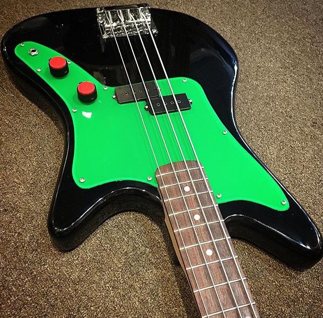 DiPinto Galaxie Bass.  Usa_ga10