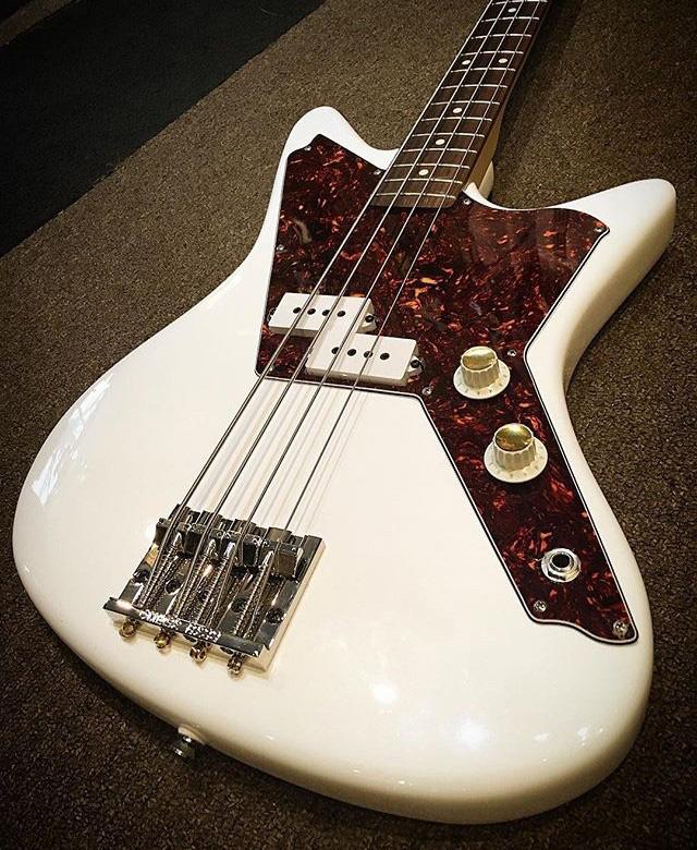 DiPinto Galaxie Bass.  Usa_ga11