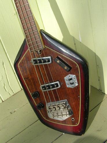 Domino Californian Bass. Whatsa10