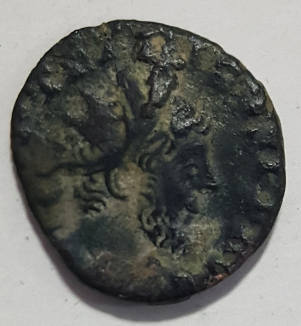 Antoniniano de ceca no oficial de Tétrico I. LAETITIA AVGG. 20190737