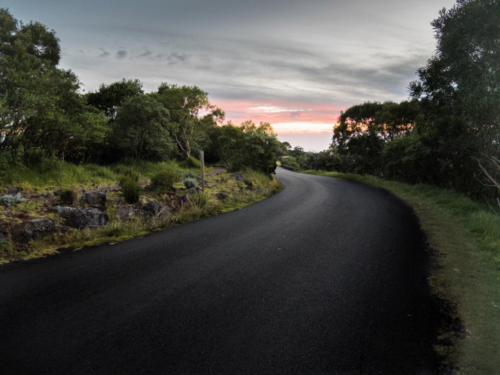 Couché de soleil sur la route du volcan _1040112