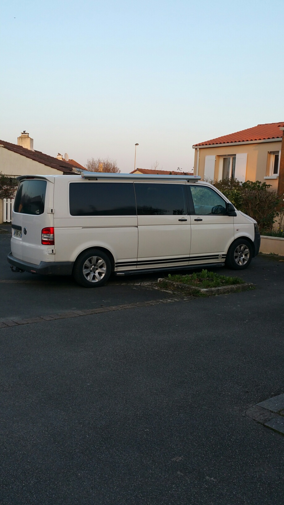 [VENDU] TRANSPORTER VW T5 AMENAGE KAPAM (H1 L2) 6 pl CG 20180214
