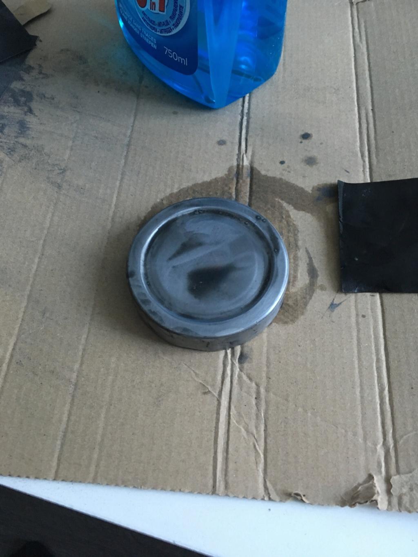 Petit bocal pour lames usagées Img_2411