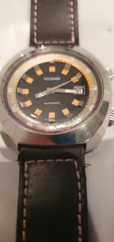 ZENITH -  [Postez ICI les demandes d'IDENTIFICATION et RENSEIGNEMENTS de vos montres] - Page 28 20191018