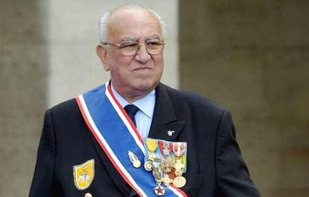 2020/01/31 Roger HOLEINDRE - homme d'honneur - par José Castano 11315012
