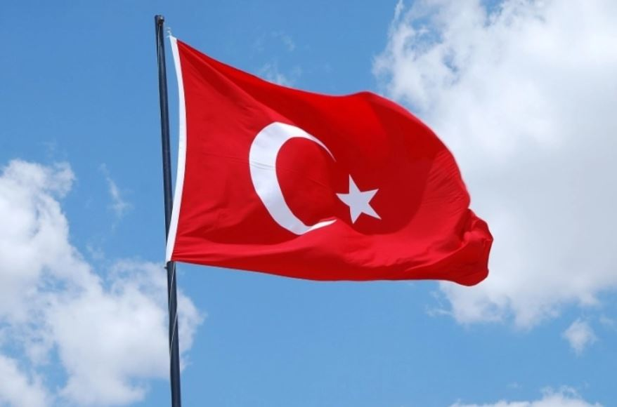 2020/12/10 La Turquie au bord de quitter l'OTAN ? Drapea10