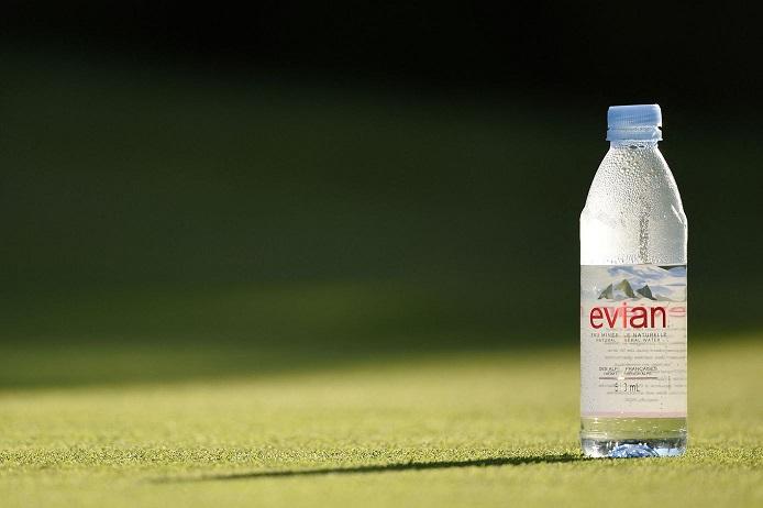 2021/04/14 La marque Evian s'excuse d'avoir incité à boire de l'eau alors que le Ramadan commence Evian_10