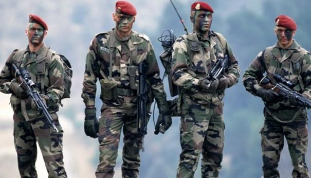 2021/03/18 Général Vincent Desportes : RECONSTRUIRE LA DEFENSE DU TERRITOIRE Franza10