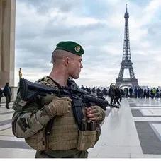 2021/03/18 Général Vincent Desportes : RECONSTRUIRE LA DEFENSE DU TERRITOIRE Franza14
