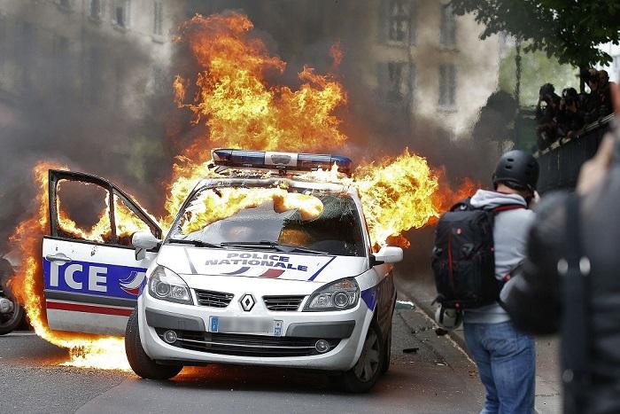 2021/05/26 Guerre civile en France : les forces en présence Guerre11