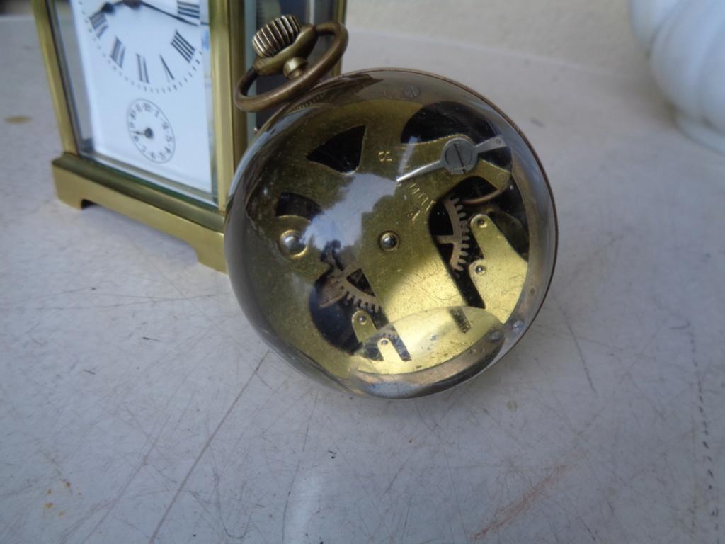 Une montre 'boule' trouvée en brocante - Page 2 Dsc04810