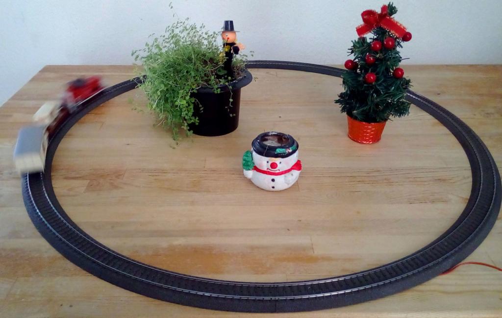 Die besinnliche um den Adventskranz/Weihnachtsbaum Rennbahn Anlage 1adven20