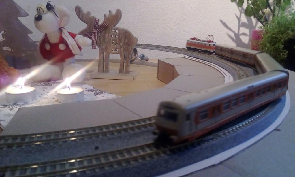 Die besinnliche um den Adventskranz/Weihnachtsbaum Rennbahn Anlage 2adven11