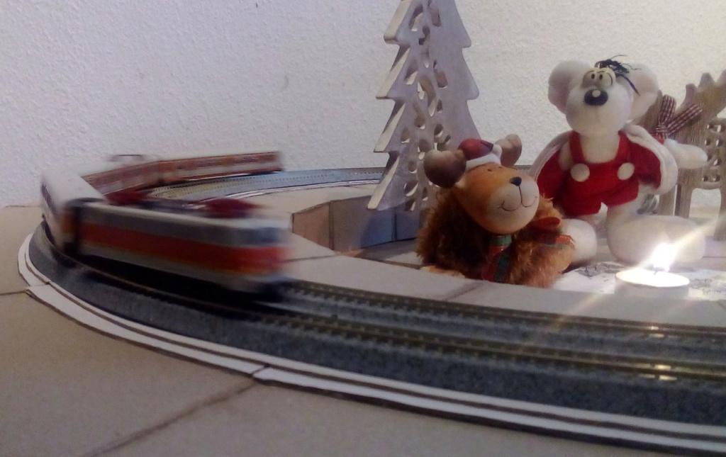 Die besinnliche um den Adventskranz/Weihnachtsbaum Rennbahn Anlage 2adven14