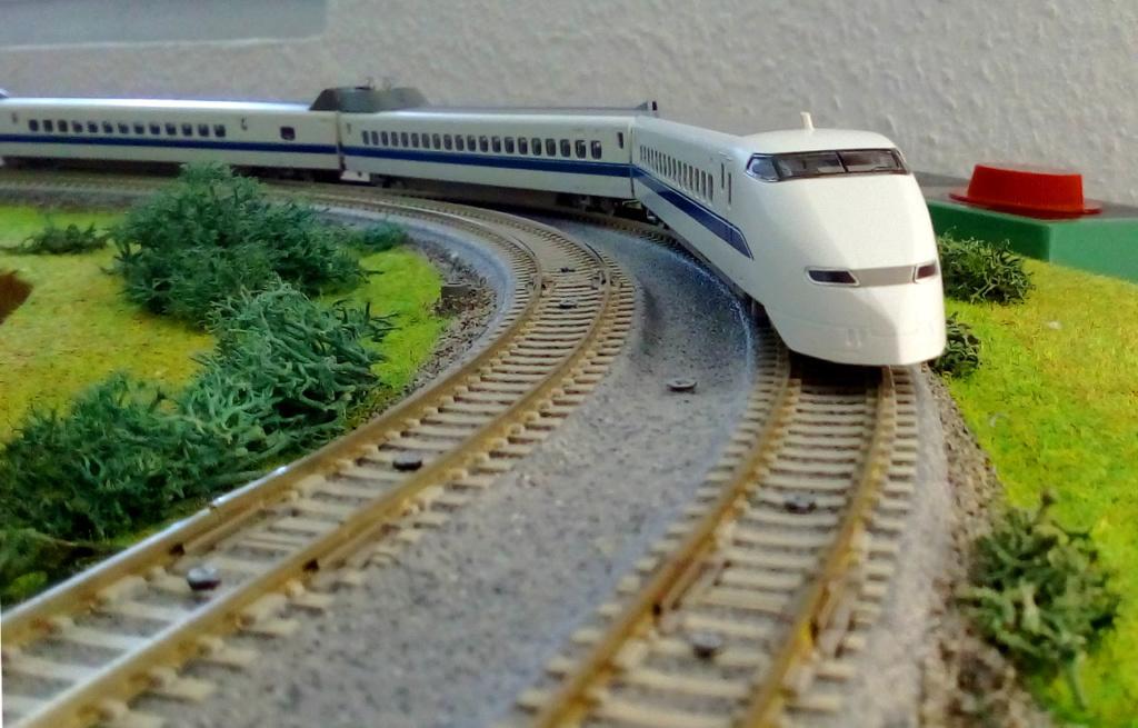 Wanni-san und seine Shinkansen (in Spur N) 300-a10