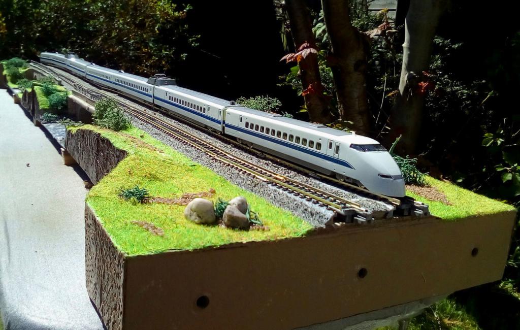 Wanni-san und seine Shinkansen (in Spur N) 300-f10