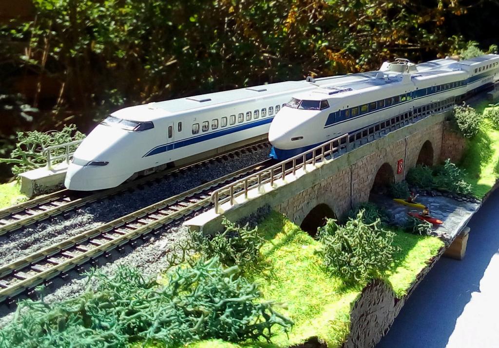 Wanni-san und seine Shinkansen (in Spur N) 300-h10