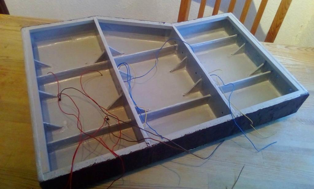 Weitere noch seltsamere Methoden des H.P. Wanninger: Karton-Module für H0 C-00510