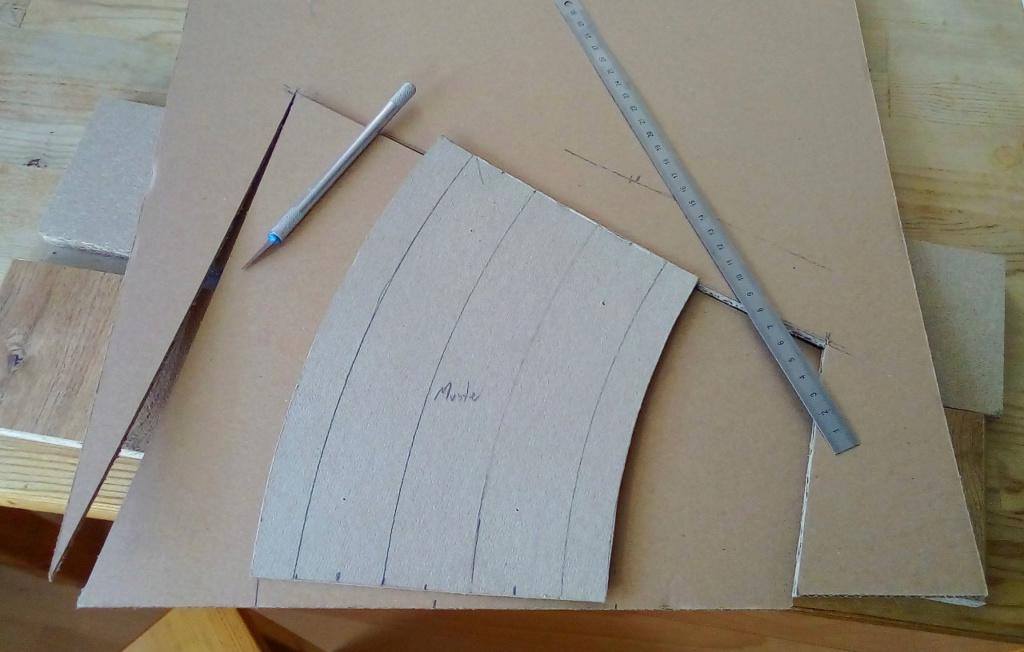 Weitere noch seltsamere Methoden des H.P. Wanninger: Karton-Module für H0 C-01210
