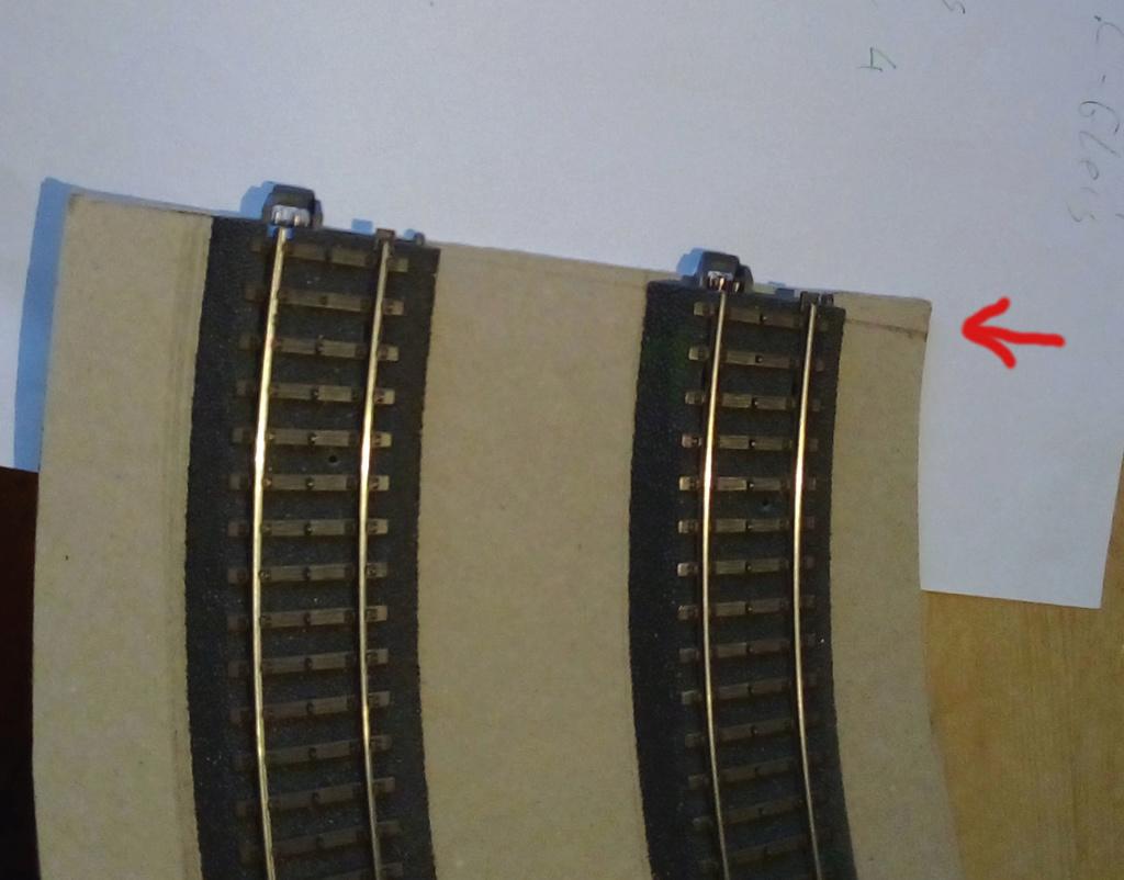 Weitere noch seltsamere Methoden des H.P. Wanninger: Karton-Module für H0 C-01410
