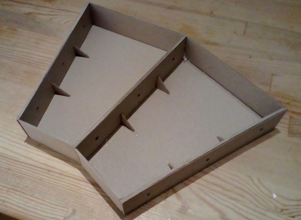 Die seltsamen Methoden des H.P. Wanninger: Karton-Modul-Tischanlage in Spur N Kato-011