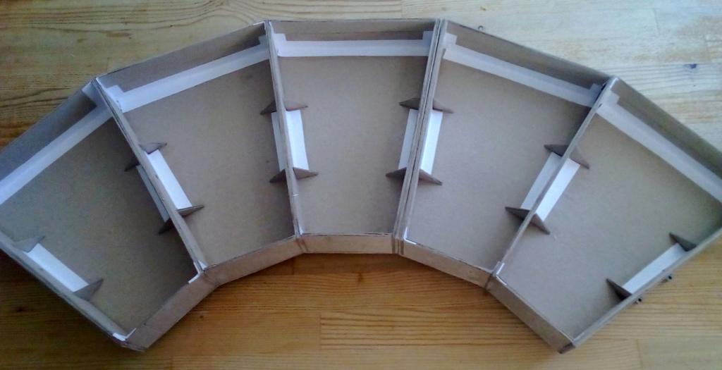 Die seltsamen Methoden des H.P. Wanninger: Karton-Modul-Tischanlage in Spur N Kato-034