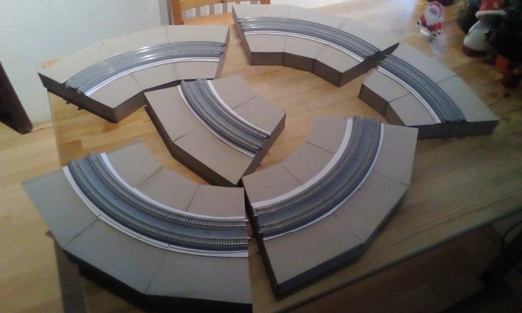 Die seltsamen Methoden des H.P. Wanninger: Karton-Modul-Tischanlage in Spur N - Seite 2 Kato-043