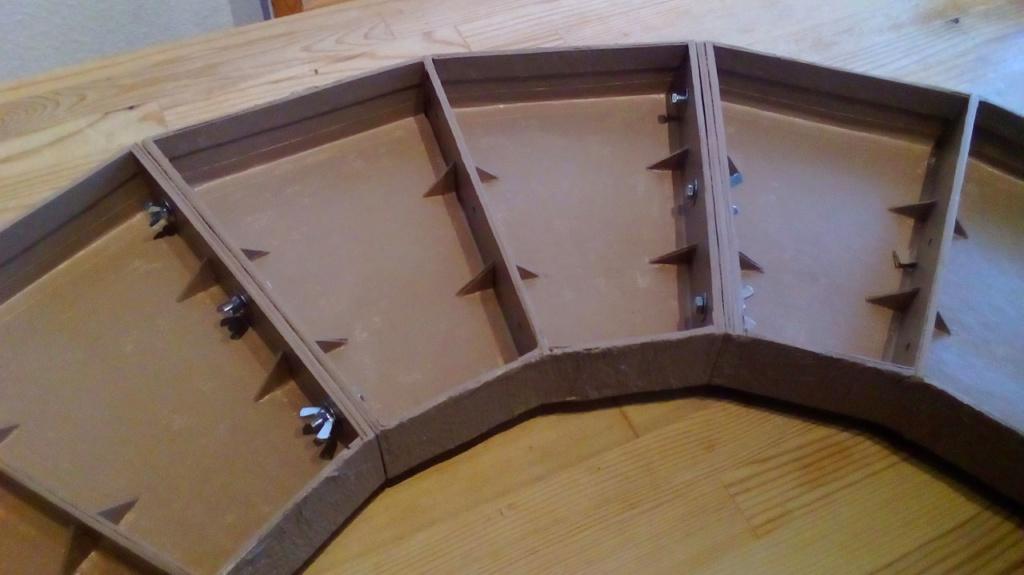 Die seltsamen Methoden des H.P. Wanninger: Karton-Modul-Tischanlage in Spur N - Seite 2 Kato-053