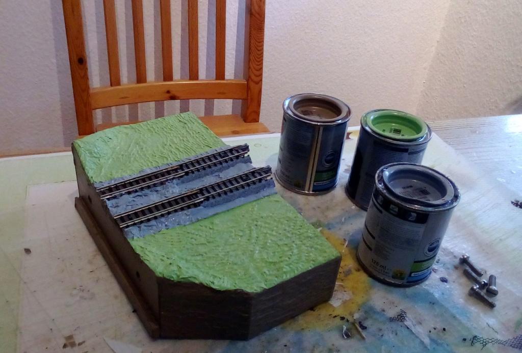 Die seltsamen Methoden des H.P. Wanninger: Karton-Modul-Tischanlage in Spur N - Seite 3 Kato-067