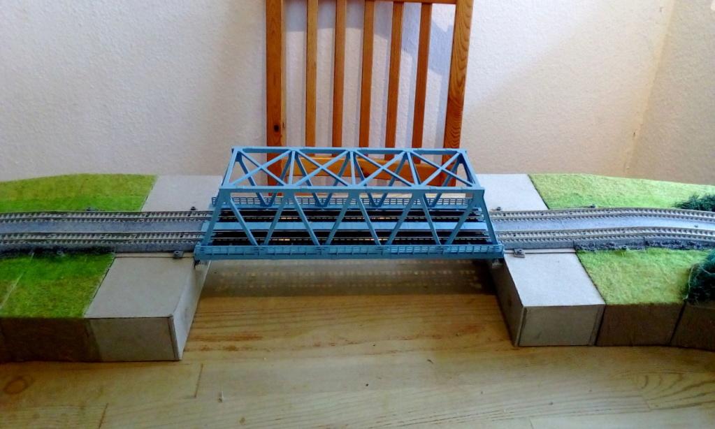 Die seltsamen Methoden des H.P. Wanninger: Karton-Modul-Tischanlage in Spur N - Seite 5 Kato-104