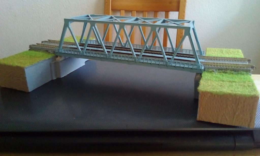 Die seltsamen Methoden des H.P. Wanninger: Karton-Modul-Tischanlage in Spur N - Seite 5 Kato-105