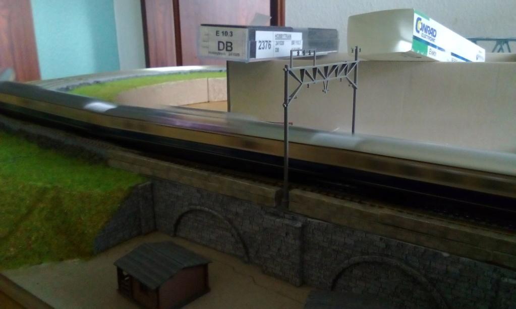 Die seltsamen Methoden des H.P. Wanninger: Karton-Modul-Tischanlage in Spur N - Seite 5 Kato-186
