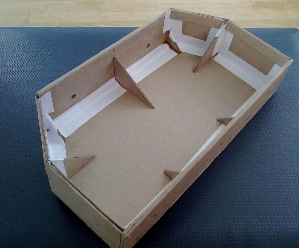 Die seltsamen Methoden des H.P. Wanninger: Karton-Modul-Tischanlage in Spur N - Seite 3 Kato-513