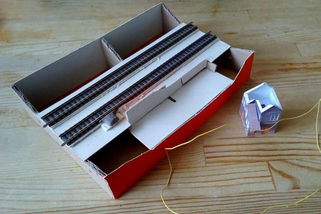 Die seltsamen Methoden des H.P. Wanninger: Karton-Modul-Tischanlage in Spur N - Seite 3 N-0111