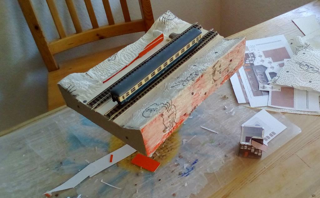Die seltsamen Methoden des H.P. Wanninger: Karton-Modul-Tischanlage in Spur N - Seite 3 N-0210